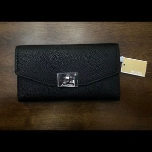 Black Micheal Kors wallet NEW with Tag